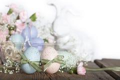 Huevos de Pascua con el conejo Fotografía de archivo