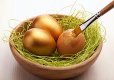 Huevos de Pascua de la pintura imagen de archivo