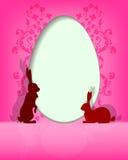 Huevos de Pascua de la silueta con los conejitos Fotografía de archivo