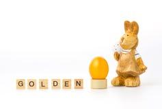 Huevos de Pascua de oro Imagenes de archivo