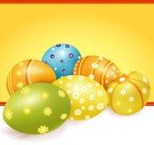 Huevos de Pascua del vector con los modelos florales