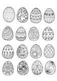 Huevos de Pascua dibujados mano para el libro de colorear