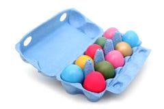 Huevos de Pascua en cartón fotos de archivo