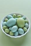 Huevos de Pascua en colores pastel Foto de archivo libre de regalías