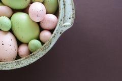 Huevos de Pascua en colores pastel Fotografía de archivo libre de regalías