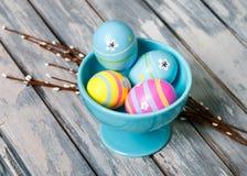 Huevos de Pascua en colores pastel imagen de archivo libre de regalías