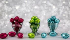 Huevos de Pascua en embalaje flexible. Imagen de archivo libre de regalías