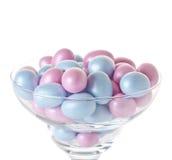 Huevos de Pascua en glasswares Imagen de archivo libre de regalías