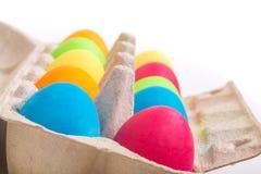 Huevos de Pascua en una caja Fotos de archivo libres de regalías