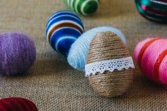Huevos de Pascua envueltos en secuencia Fotografía de archivo