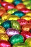 Huevos de Pascua hechos del chocolate Fotografía de archivo