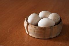 Huevos de Pascua de madera imagen de archivo libre de regalías