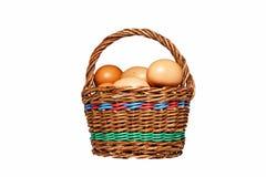 Huevos en cesta Imágenes de archivo libres de regalías