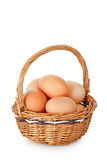 Huevos en cesta Fotos de archivo libres de regalías