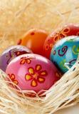 Huevos en paja Imágenes de archivo libres de regalías