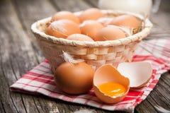 Huevos orgánicos frescos Fotografía de archivo libre de regalías