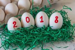 Huevos por el Año Nuevo con la inscripción 2018 Imagenes de archivo
