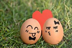 Huevos preciosos en día de San Valentín Fotos de archivo