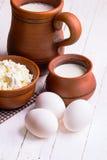 Huevos, requesón y leche Fotografía de archivo
