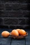 Huevos sin procesar del pollo Fotografía de archivo libre de regalías