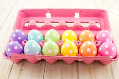 Huevos y cestas de Pascua Foto de archivo