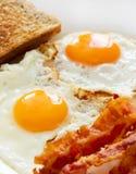 Huevos y tocino foto de archivo libre de regalías
