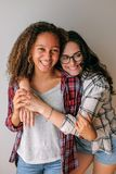 hug лучших друг Стоковая Фотография