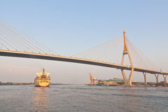 Huge Bhumibol Bridge Royalty Free Stock Photos