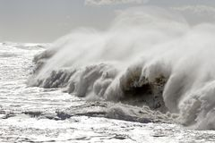 Big breaking waves Royalty Free Stock Photo