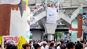 Huge crowd listen speech for against the construction of a dam in Mae Wong National Park Stock Images