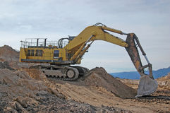 Huge digger. 160 tonne digger removing overburden at Stockton Coal Mine, West Coast, South Island, New Zealand stock images