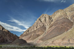 Huge majestic mountains along Manali - Leh road Stock Photo