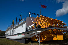 Huge paddlewheel on the stern of the SS Klondike Stock Photos