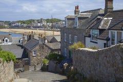 Hugh Town, St Mary & x27; s öar av Scilly, England royaltyfri fotografi