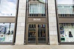 Hugo Boss przechuje w Dusseldorf, Niemcy Zdjęcia Stock