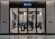 Hugo Boss-winkel in Siam Paragon, Bangkok, Thailand, 19 Oct, 2018 royalty-vrije stock foto's