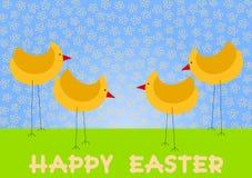 Huhn auf einer Feld-glücklichen Ostern-Karte Lizenzfreie Stockfotografie