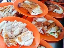 Huhn in einer Platte Lizenzfreies Stockfoto