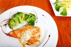 Huhn Steak und brocolli Stockbild