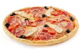 Huhnspeckpizza Stockfoto