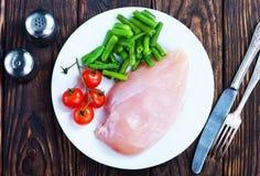 Huhnverkleidung mit Gemüse Stockbilder