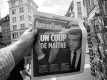 Hui ООН переворот de maitre Emmanuel Macron ` Aujord черно-белое Стоковое фото RF