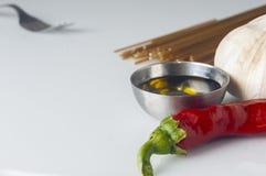 Huile d'ail et spaghetti de piment Photographie stock