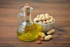 Huile d'arachide Images stock