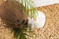 Huile de noix de coco pour la thérapie alternative Photo libre de droits