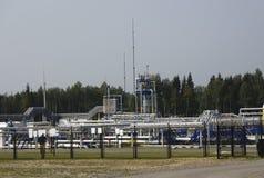 Huile et industrie du gaz dans HDR puissant traitant l'effet images stock