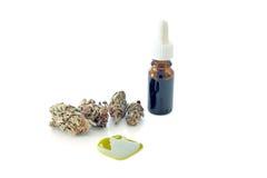 Huile médicale de cannabis prête pour la consommation photographie stock libre de droits
