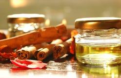 Huiles aromatiques faites maison Photo libre de droits