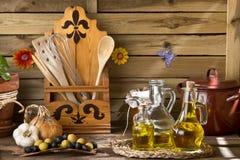 Huiles et olives d'olive vierges supplémentaires Photo libre de droits