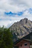 Huis in Alpes Stock Foto's